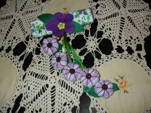 Объемные цветы из ткани.