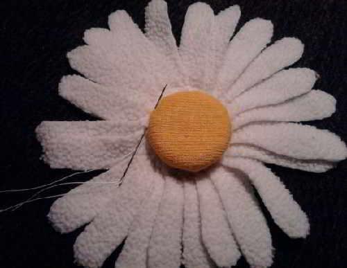 dekorativnaja-podushka-svoimi-rukami-10