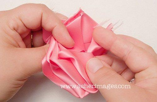 Обалдеть, какие розы из атласных лент!