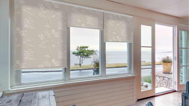 Рулонные шторы — модная альтернатива тяжелых портьер